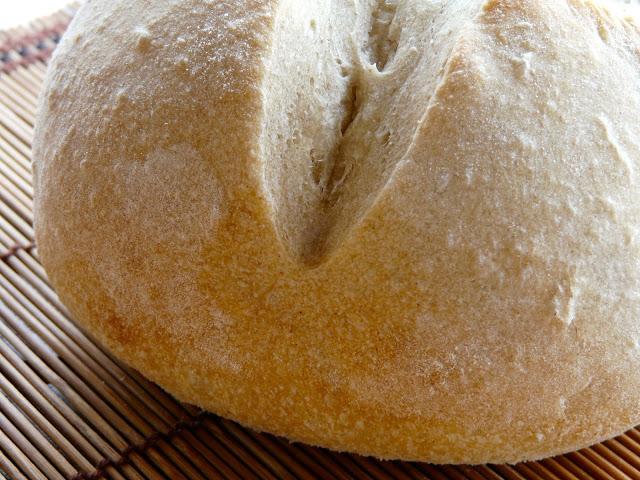 Pane con farina di piselli germinati
