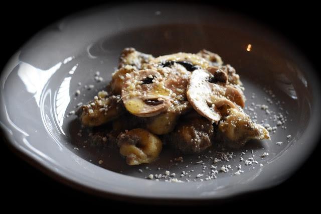 tortelli funghi e parmigiano