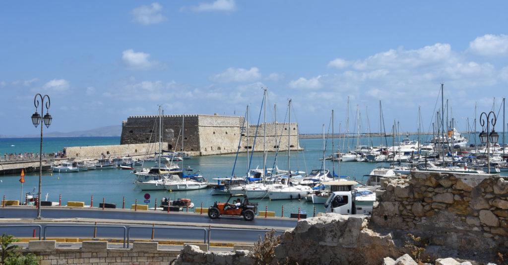 Vista dal porto di Heraklion, isola di Creta